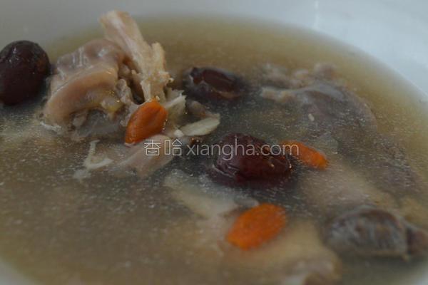 枸杞红枣鱼汤的做法
