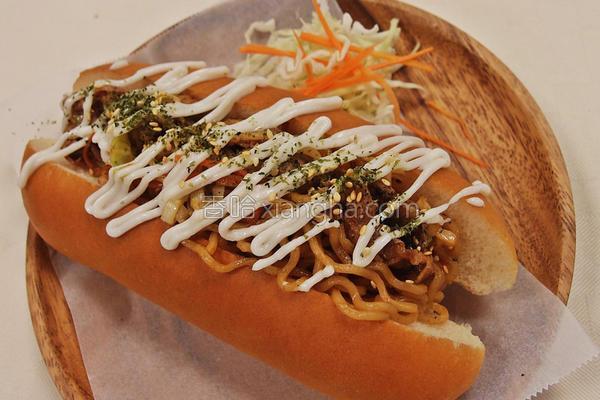 日式炒面面包的做法