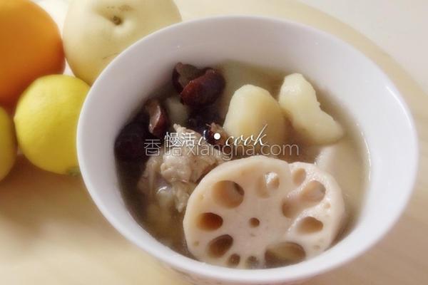 莲藕荸荠雪梨汤的做法