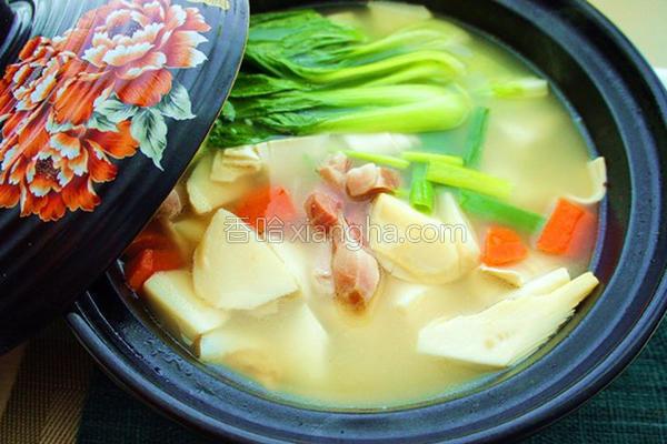 砂锅腌笃鲜的做法
