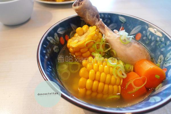 香甜玉米鸡汤的做法