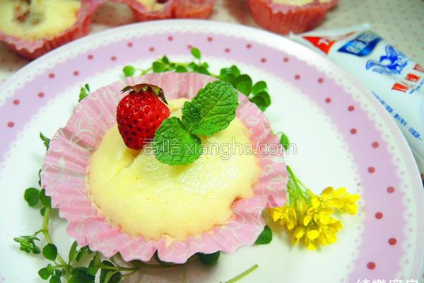 草莓芙蓉糕的做法