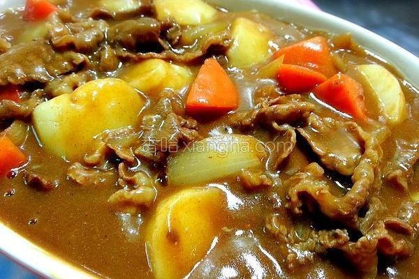 咖哩肉片的做法