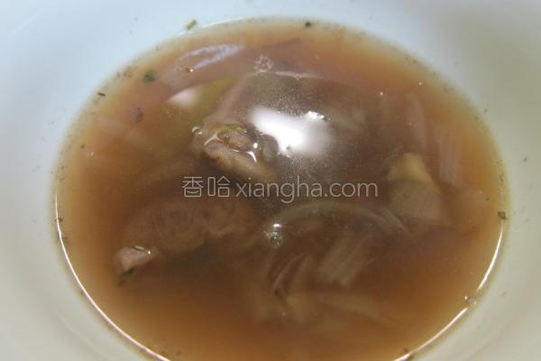 牛肉洋葱牛肉清汤的做法