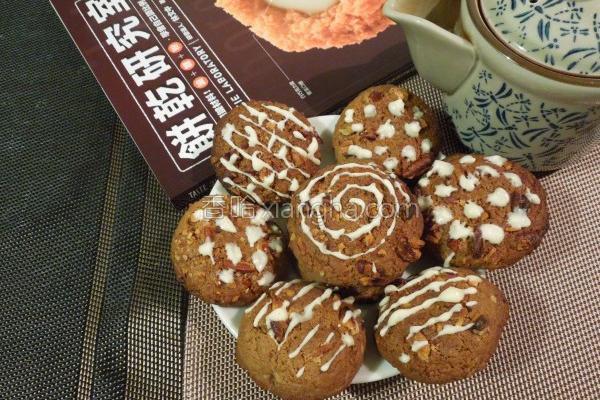 肉桂核桃可可饼干的做法