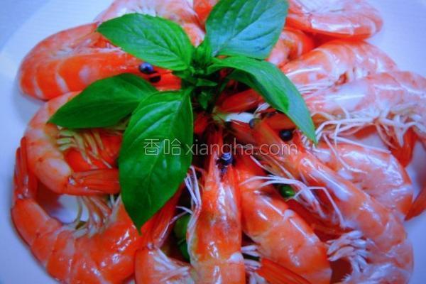 葱烫鲜奶白虾的做法