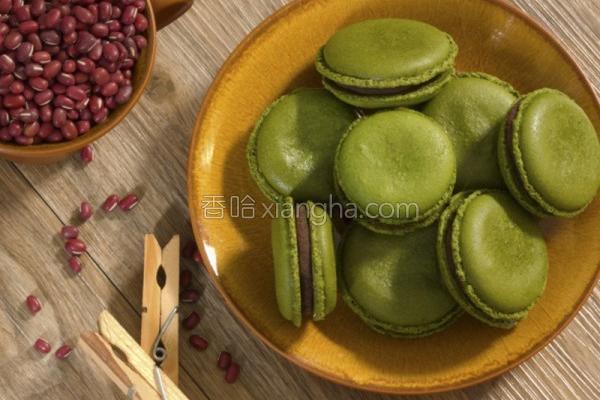 抹茶红豆马卡龙的做法