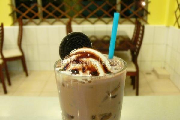 可可牛奶冰淇淋的做法