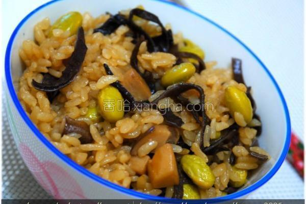 黑菇酱毛豆蒸饭的做法