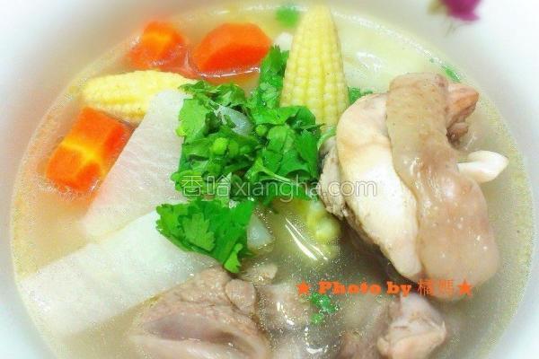 白萝卜蔬菜鸡汤的做法
