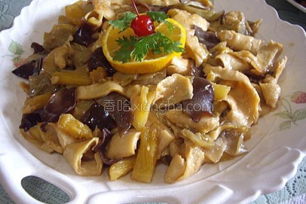 素菜豆皮炒酸菜的做法
