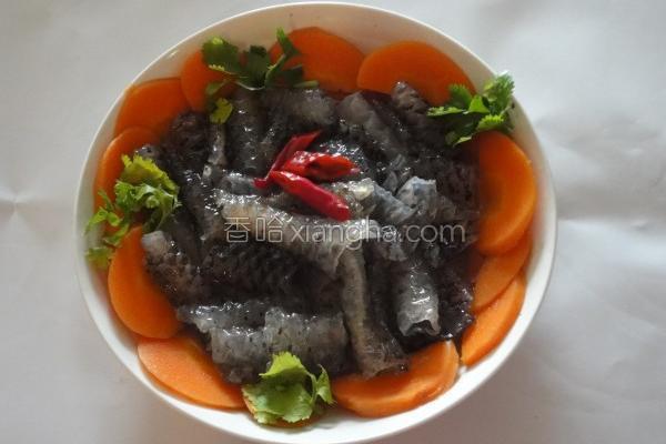 凉拌鲑鱼皮的做法