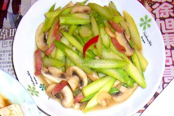 绿芦笋炒洋菇的做法