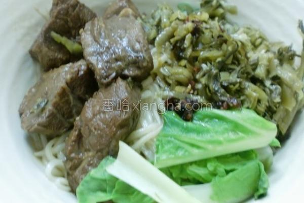 牛肉酸菜干拌面的做法