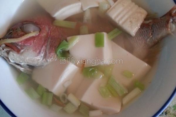 赤鯮鲜鱼豆腐汤的做法