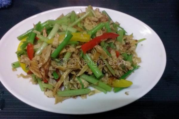 豆皮拌炒蔬菜的做法