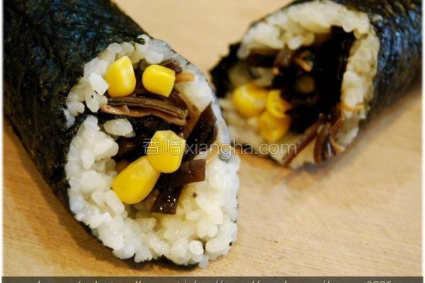 黑菇酱玉米饭卷的做法