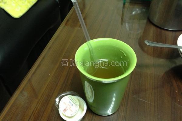 祥记梅子紫苏梅汁的做法