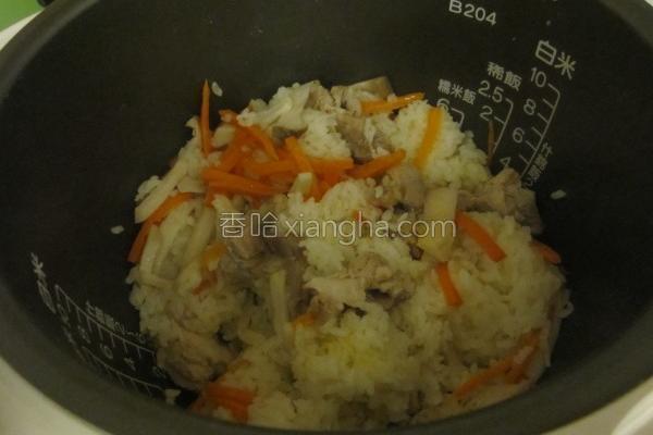 蔬菜鸡肉什锦饭的做法