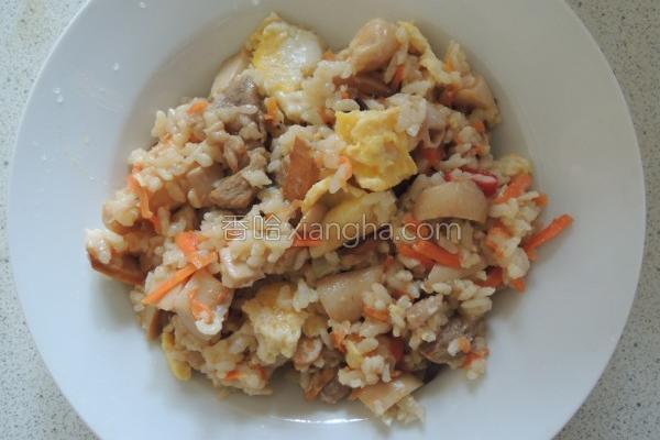 蛋菇肉炒饭的做法