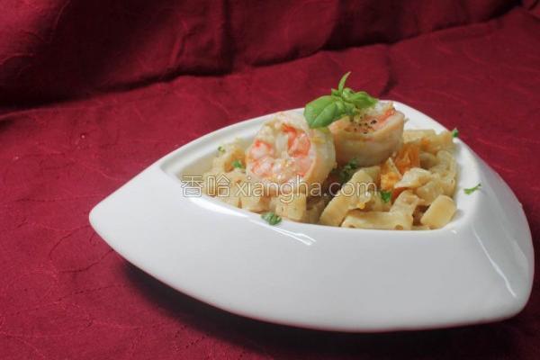 南瓜鲜虾意大利面的做法