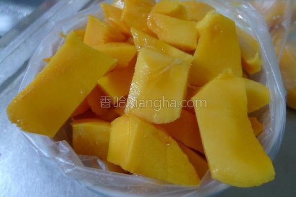 100%芒果冰的做法