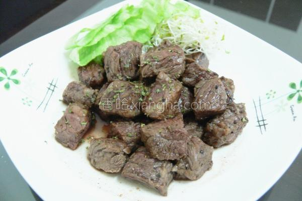 牛肉红酒煎牛肉的做法