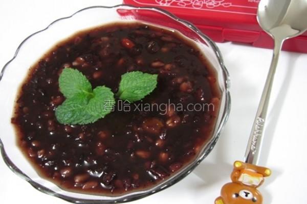 红枣燕麦黑米粥的做法