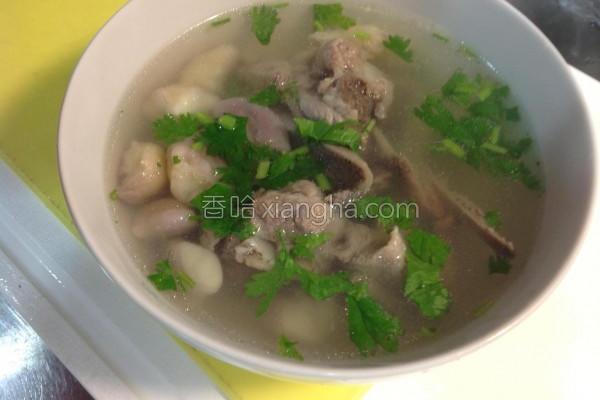 菱角排骨汤的做法
