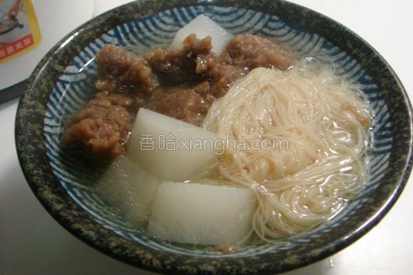 排骨酥米粉汤的做法