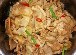 鸡腿菇炒肉片