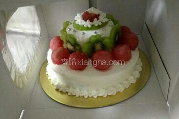 巧克力酱水果蛋糕