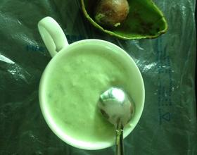 牛油果酸奶糊糊