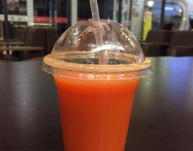 胡萝卜柳橙汁