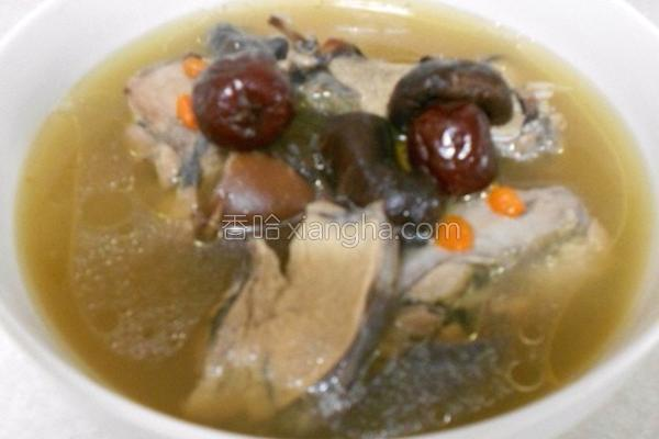 香菇乌鸡汤的做法