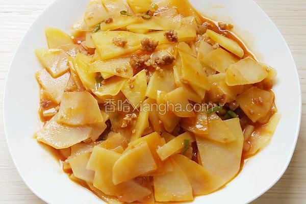 番茄酱肉沫炒土豆片