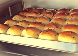 红豆奶香小餐包(面包机揉面版)