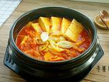 辣白菜豆腐汤的做法[图]