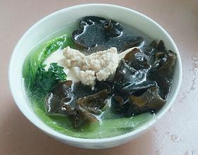 肉未豆腐黑木耳生菜汤