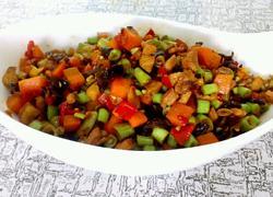 剁椒炒豆角胡萝卜丁