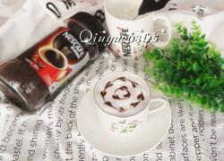 巧克力拉花咖啡