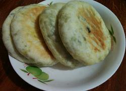 茴香肉丁发面饼
