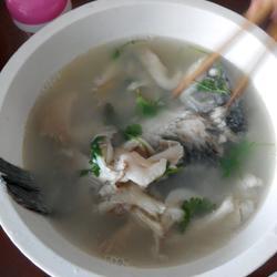 草鱼平菇汤