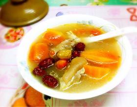 老火靓汤—木瓜猪蹄汤