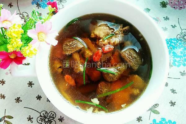 姬松茸煲排骨