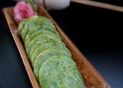 芹菜叶虾仁饼