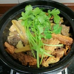 广式鸭子煲