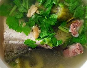 鲳鱼凉瓜排骨汤