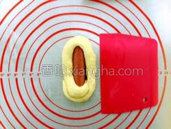 小麦胚芽热狗面包的做法图解7
