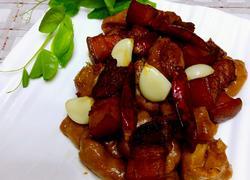 灰豆腐红烧肉
